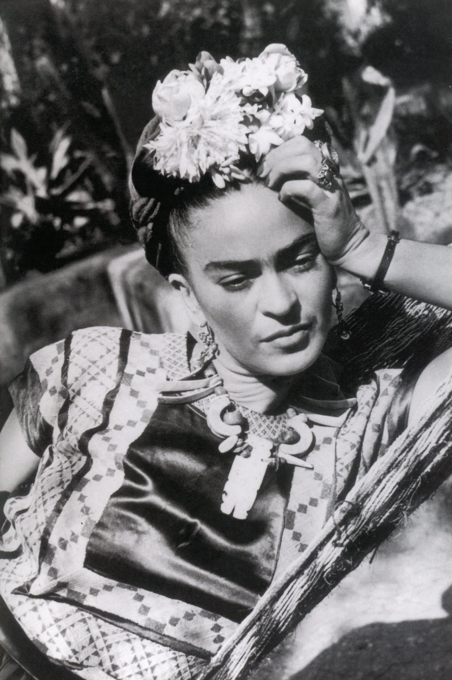 frida kahlo on being just as strange as you. Black Bedroom Furniture Sets. Home Design Ideas